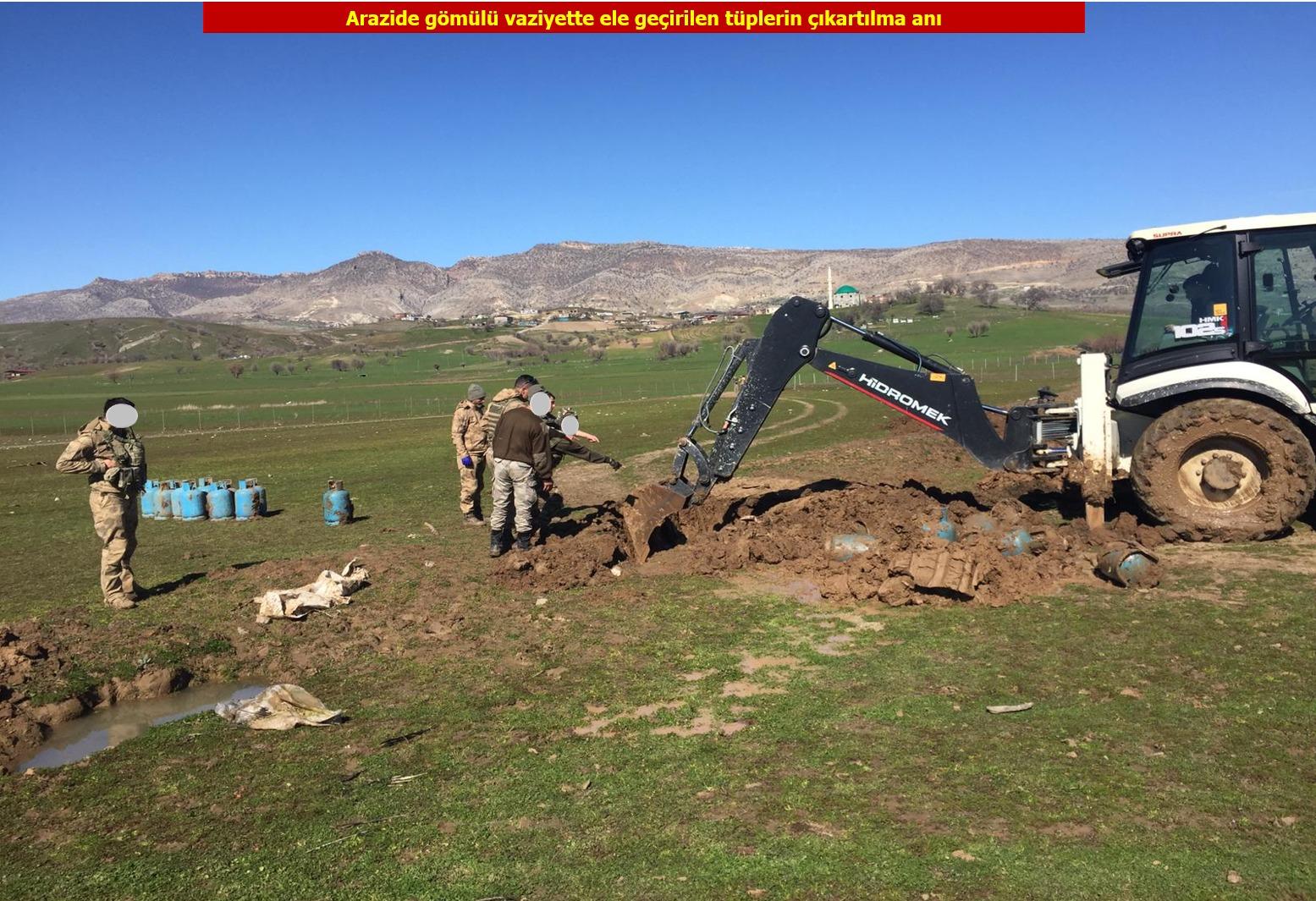 VİDEO- Diyarbakır'da sığınak patlatıldı