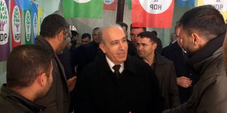AK Parti adayından HDP'ye ziyaret