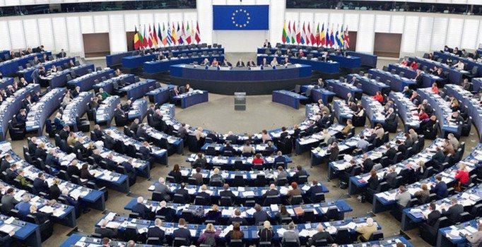 Avrupa Parlementosu, Türkiye raporunu kabul etti