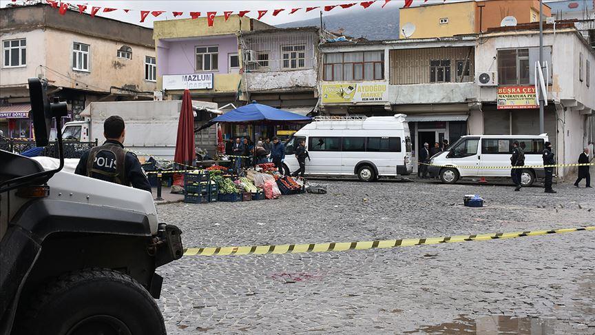 Diyarbakır'da 3 kişinin öldüğü 4 kişinin yaralandığı silahlı kavga olayına karışan üç kişi yakalandı