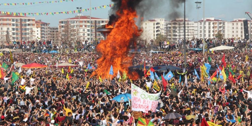 Newroz için gelen Fransız siyasetçiler gözaltına alındı