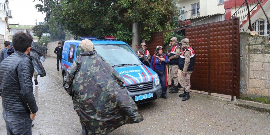 Şanlıurfa'da iki kişi evlerinde öldürülmüş halde bulundu