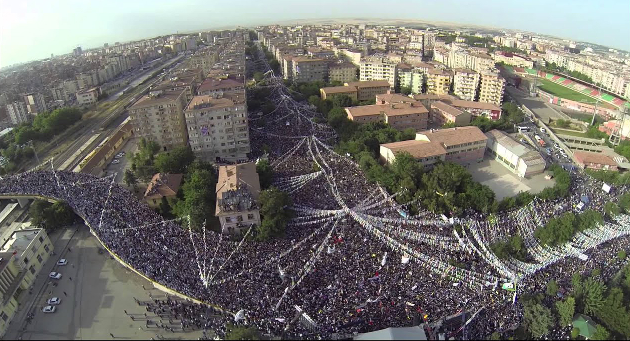 HDP'nin final mitingi Diyarbakır'da!