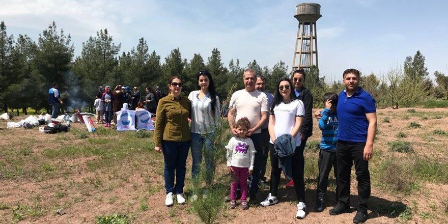 VİDEO- 'Belediye fidan dikmemiz için yer vermedi'