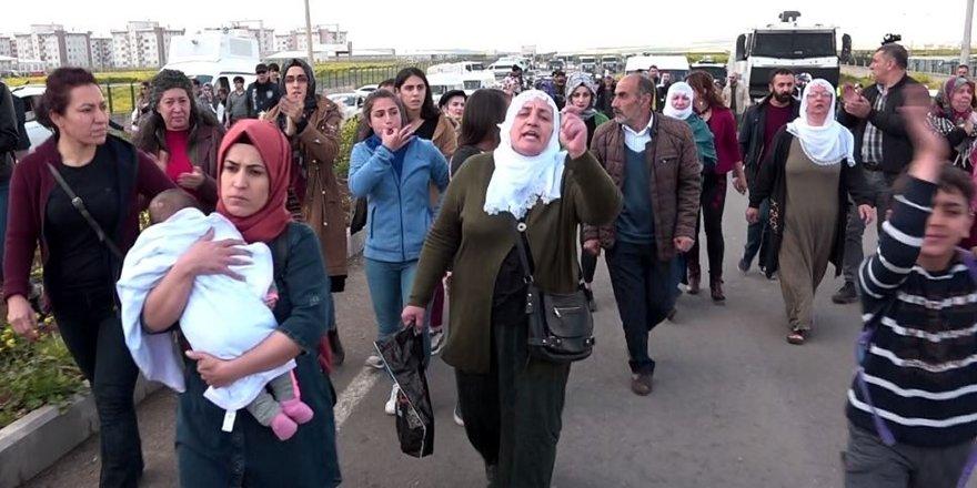 Diyarbakır cezaevi önünde polis ablukası