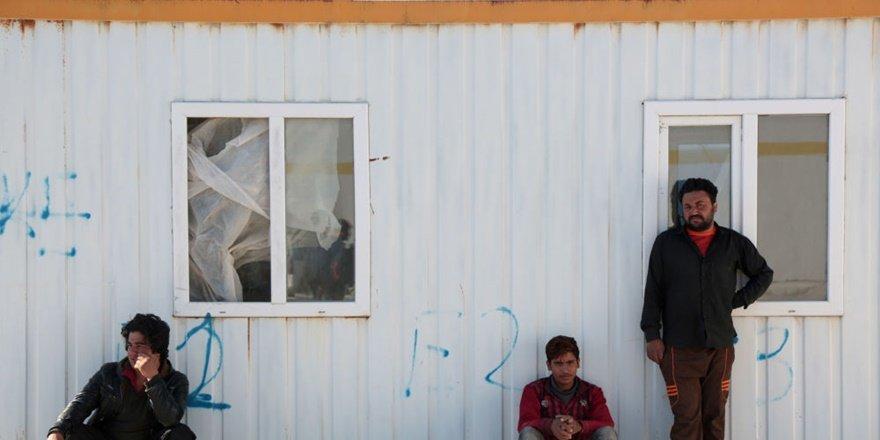 Pasaportları olmayan 200 Afgan mülteci Diyarbakır'da mahsur