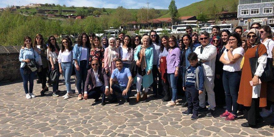 Diyarbakır'da aday öğretmenlere tanıtım gezisi