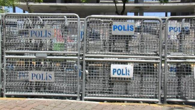 İşçi bayramı nedeniyle, Bakırköy'de yoğun güvenlik önlemleri alındı