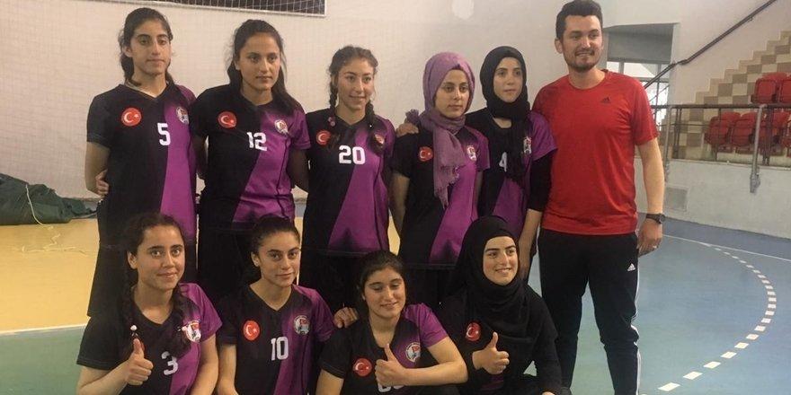Kriket turnuvasında Türkiye şampiyonu oldular