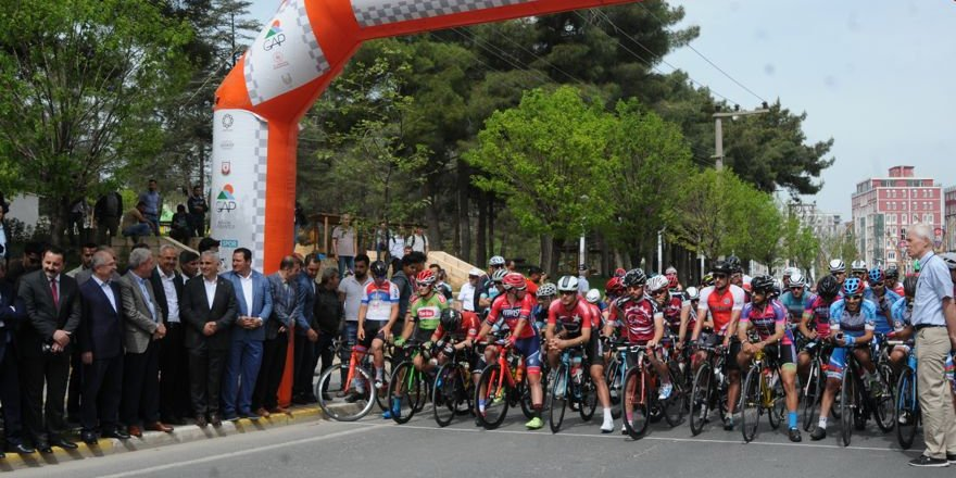 Uluslararası Mezopotamya Bisiklet Turu Mardin'de başladı