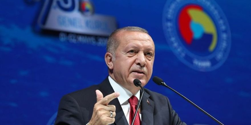 Cumhurbaşkanı Erdoğan: Ülkeniz sizden fedakarlık bekliyor