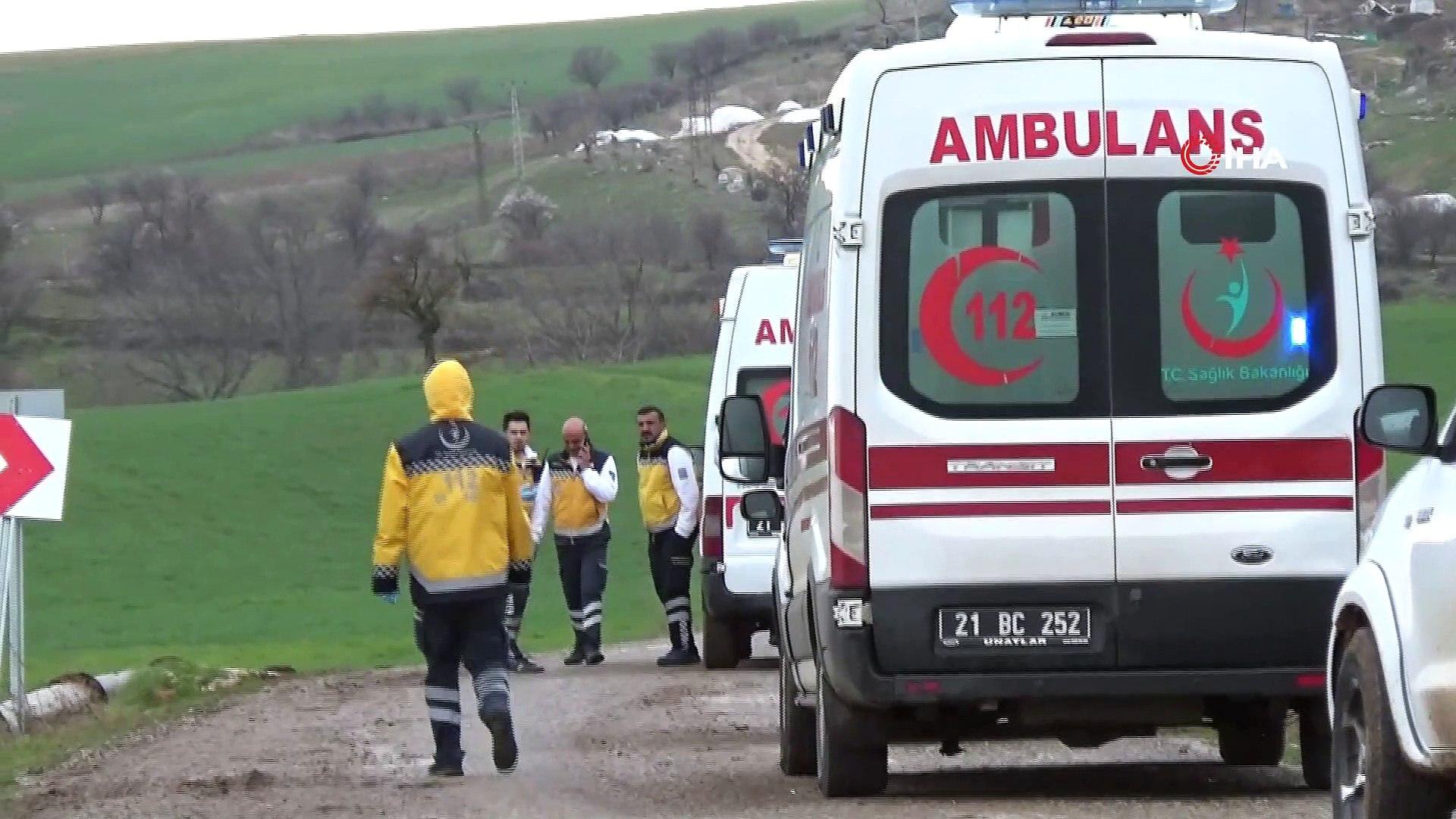 Yol verme kavgası kanlı bitti: 1 kadın öldü, 3 kişi yaralandı