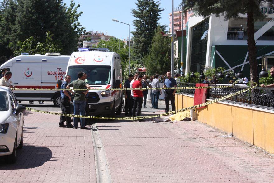 Diyarbakırlı doktor, avukat eşini vurdu