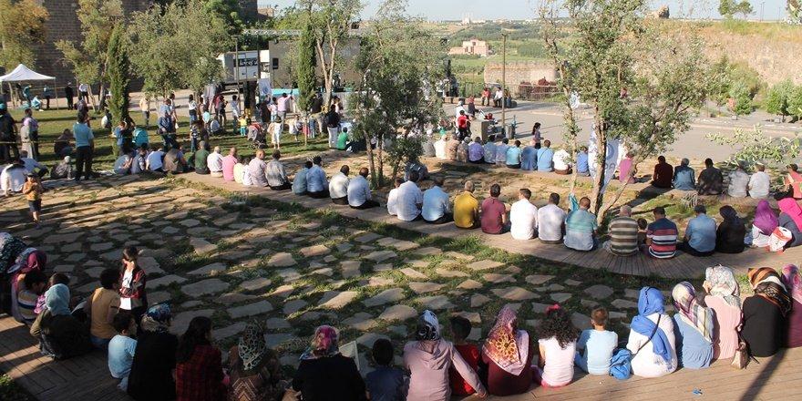 AGD'den Diyarbakır'ın fethi kutlaması