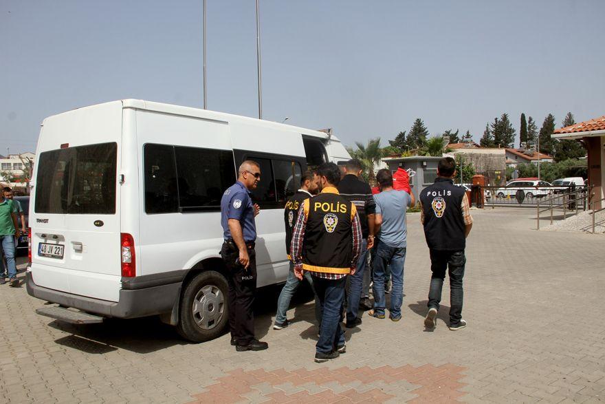 Fuhuş operasyonunda 11 tutuklama