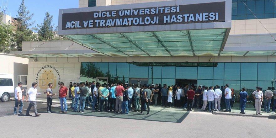 Diyarbakır'da taksici başından vuruldu