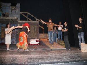 27 Mart Dünya Tiyatro Günü