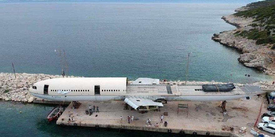 Dev yolcu uçağı Saros Körfezi'ne batırılıyor