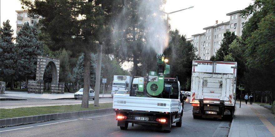 Diyarbakır'da ilaçlama çalışmaları devam ediyor
