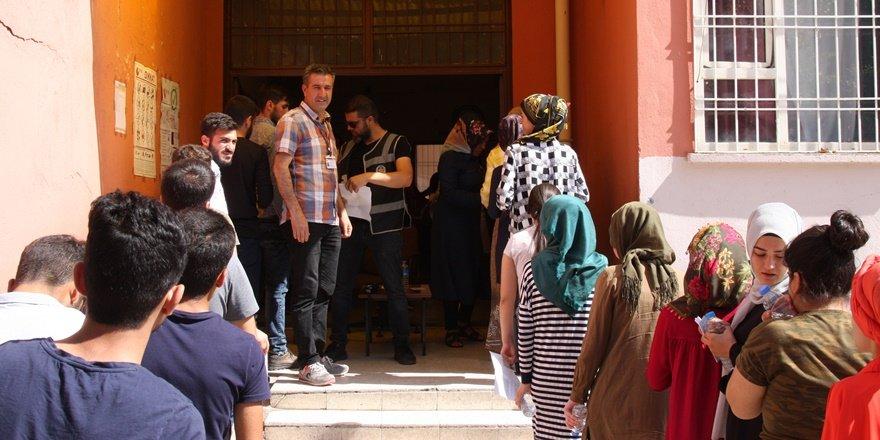 Diyarbakır'da YKS heyecanı