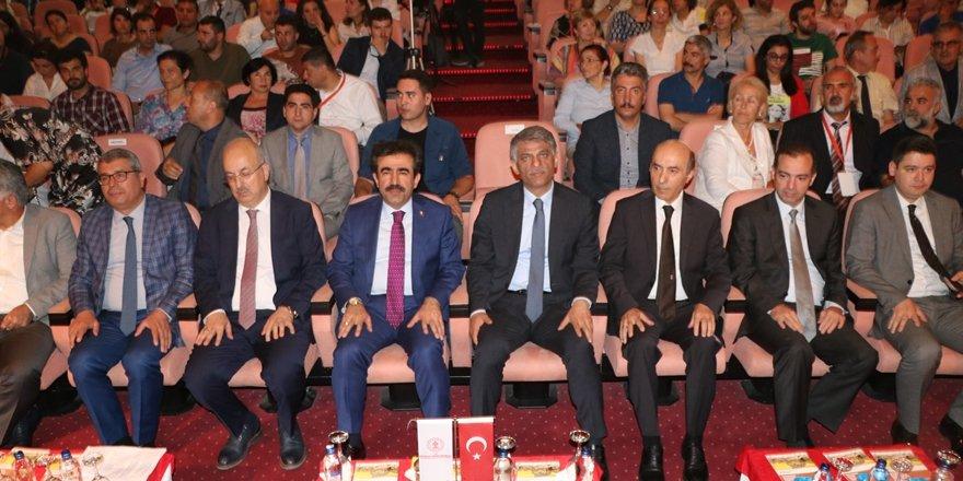 Diyarbakır'da 41. Uluslararası Kazı, Araştırma ve Arkeometri Sempozyumu