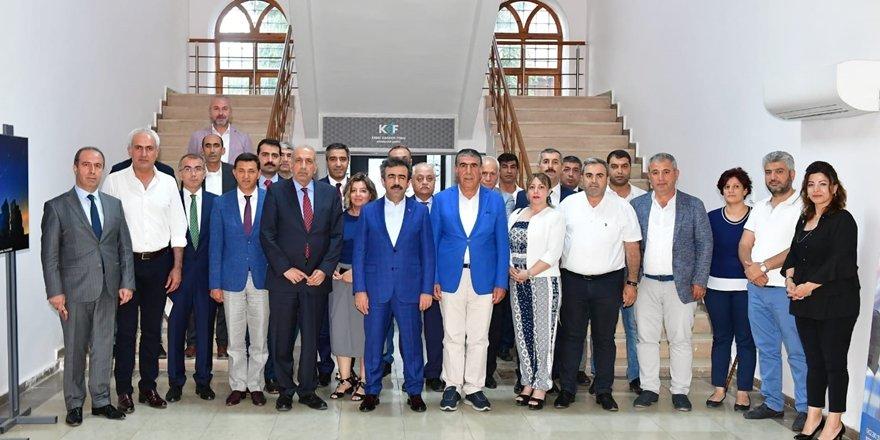 Vali Güzeloğlu: Şehir ekonomisini güçlendirmeliyiz