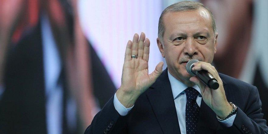 Erdoğan: Pazar günü Sisi mi diyeceğiz, Binali Yıldırım mı diyeceğiz?
