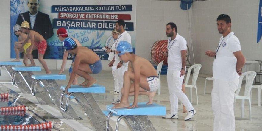 Diyarbakırlı minik yüzücüden önemli başarı