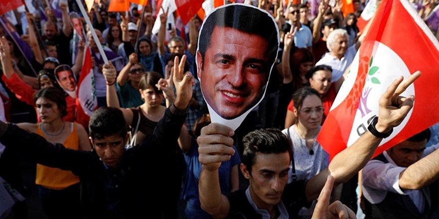 Demirtaş: Öcalan'ın elinde sihirli değnek yok elbette