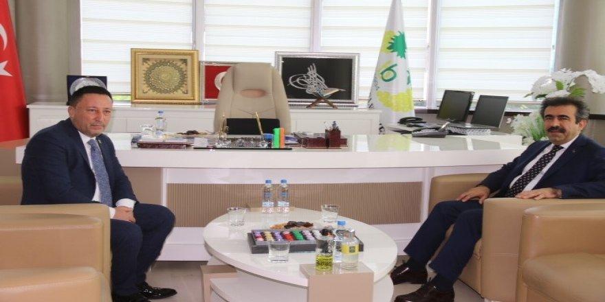 Vali Güzeloğlu'ndan Başkan Beyoğlu'na ziyaret