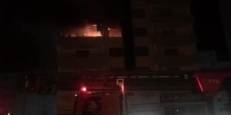 VİDEO - Diyarbakır'da yangın faciasını kamyon sürücüsünün kornası önledi