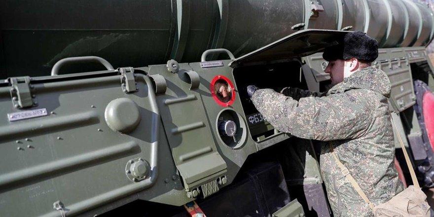 Rusya: Önümüzdeki haftalarda S-400'leri sevk etmeye hazır olacağız