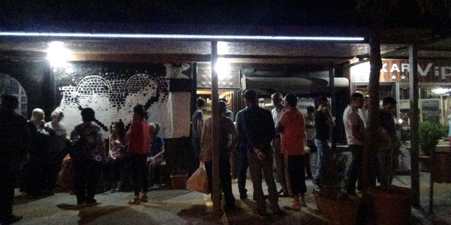 Diyarbakır'da kafeye silahlı saldırı