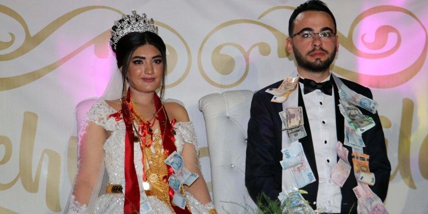 Diyarbakır'da geline 5 kilogram altın