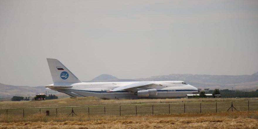 Rusya'dan S-400 parçalarının teslimatına doğrulama
