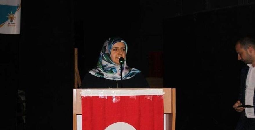 AK Parti'de kadın kolları alarmı