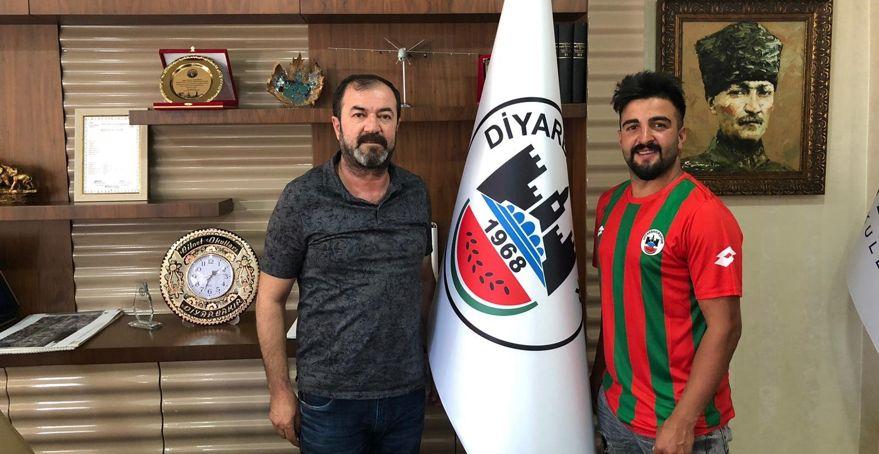 Diyar'dan iki imza daha