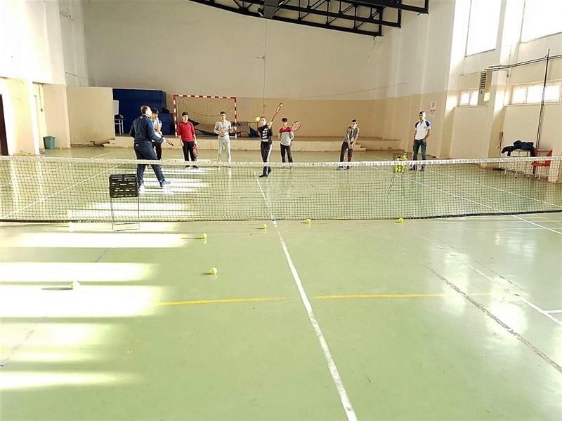 Mardin Midyat  ilçesinde tenis kursu