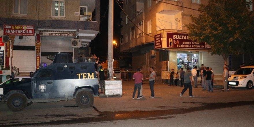 Diyarbakır'daki silahlı kavgada yaralılar var