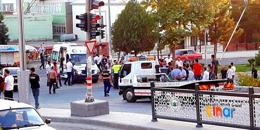Çınar'da kaza: 2 yaralı
