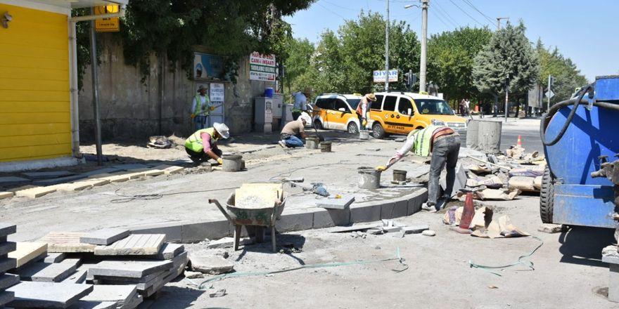 Sento Caddesinde yol ve çevre düzenleme çalışması