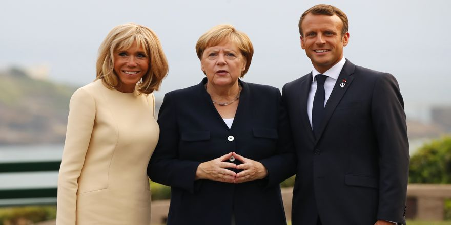 Dünya liderleri G7 Zirvesi için bir araya geldi