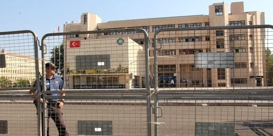 Diyarbakır Büyükşehir'de ve DİSKİ'de görevden alma ve atamalar