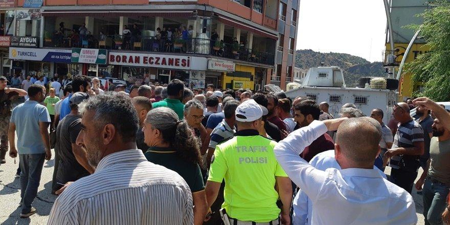 Tunceli'de 2 şahsın kavgası sokakta gerginliğe neden oldu