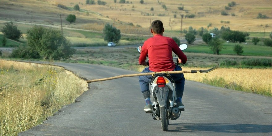 Dar yolda 'Şene' ile tehlikeli yolculuk