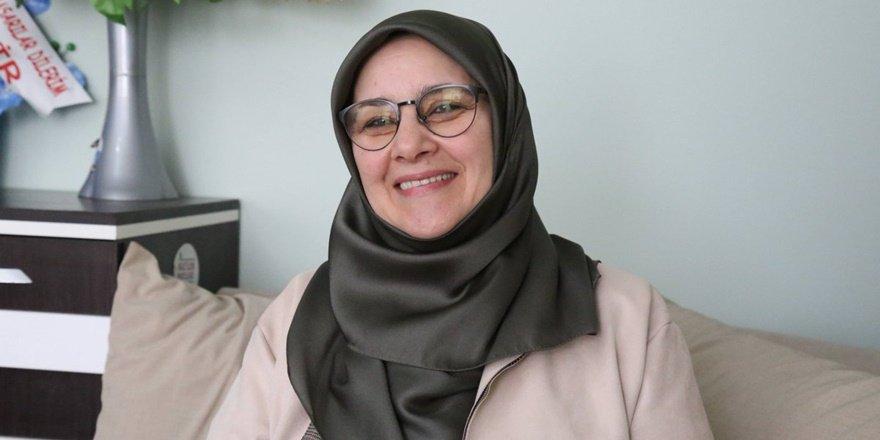 HDP'li Kaya: Annelerimiz ile o alanda ve o merdivenlere oturabilirdik