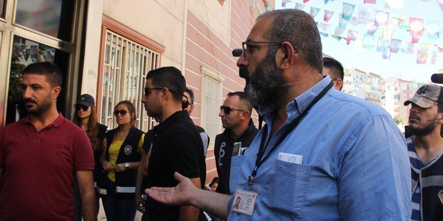 Kalp hastası vatandaş da HDP önüne geldi