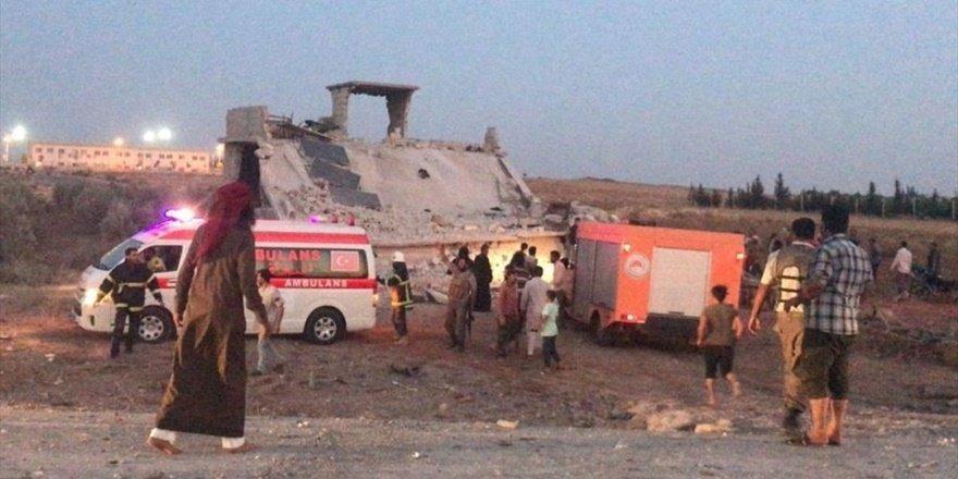 Suriye sınırındaki Çobanbey beldesinde bomba yüklü araç patlaması