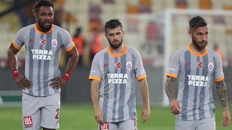 Galatasaray'da derbi öncesi puan kaybı