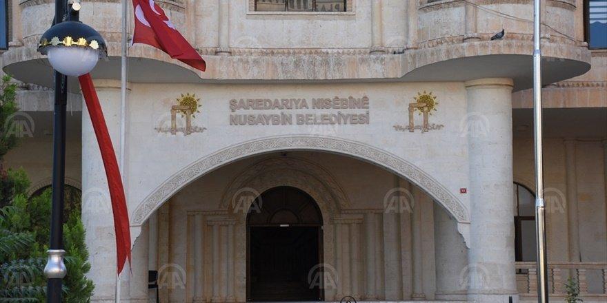 Nusaybin Belediye Başkanı ve iki meclis üyesine gözaltı